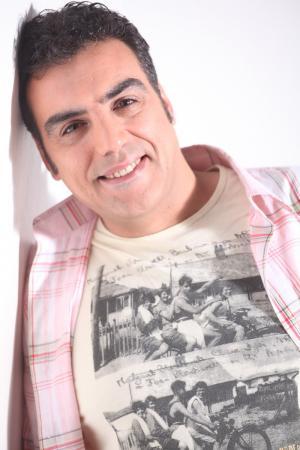 01 | Elenco | Adrián Delgado